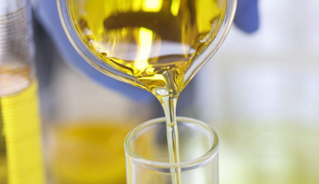 melhores-praticas-para-coleta-de-oleos-lubrificantes